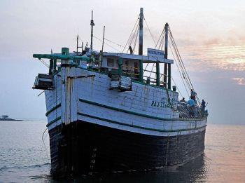 Thoni The Sailing Vessel Of Thoothukudi Heritage Vembaru