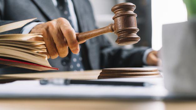 Dictamen de juez