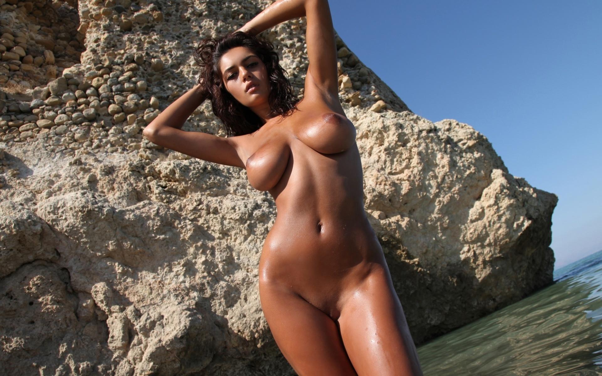 загорелые девушки фото голые совсем раскиснуть