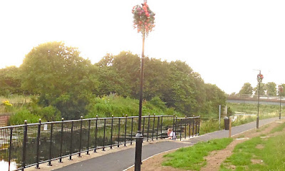 Hanging flower baskets beside the River Ancholme in Brigg during July 2016 - picture three  on Nigel Fisher's Brigg Blog