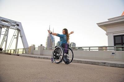 Kết cấu và cơ chế hoạt động của xe lăn điện phục hồi chức năng