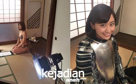 Gadis Seksi Samurai Armor Beauty