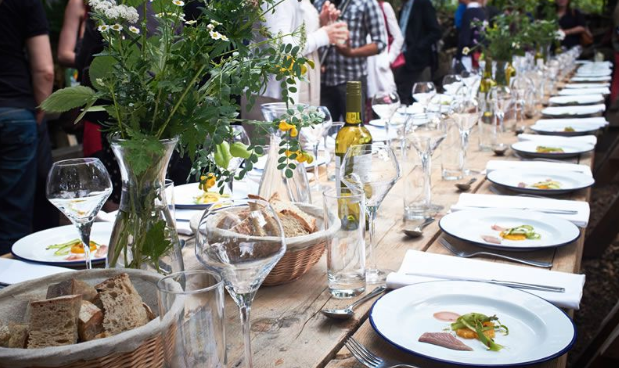 How To Create The Perfect Summer Wedding Feast