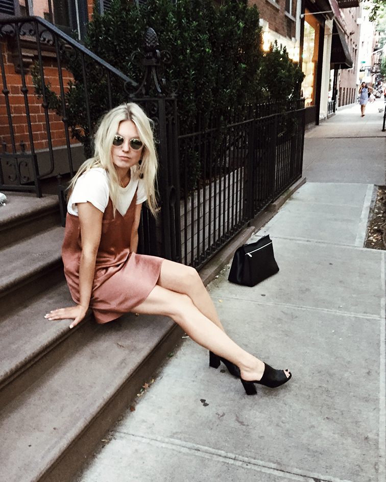 heleneisfor x aritzia, maryam nassir sadeh slides, lou & grey tee, Warby Parker Dorothy sunglasses, NYC style