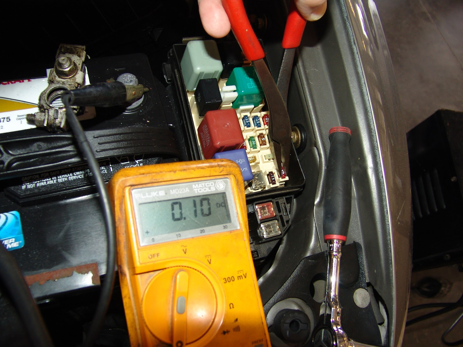 Dsc on Lexus Es300 Amp Location