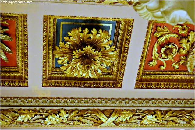 Decoraciones del Vestíbulo de The Breakers, Newport