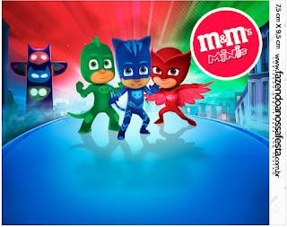 Etiqueta M&M de Super Héroes en Pijamas para imprimir gratis.