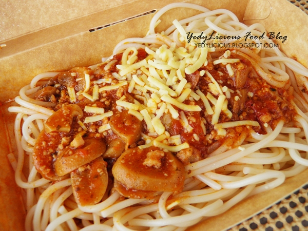 Jollibee Chicken And Mushroom Pasta Yedylicious Manila Food Blog And Easy Recipes For Asian