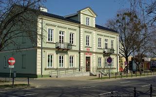 http://fotobabij.blogspot.com/2016/03/urzad-stanu-cywilnego-w-puawach-duze.html