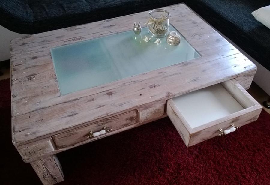 rosa bombom paletes mesas. Black Bedroom Furniture Sets. Home Design Ideas