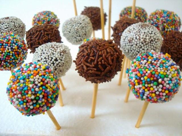 Pirulito de biscoito para o Dia das Crianças