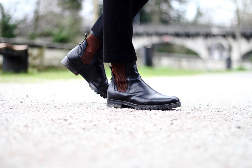 BLOG_MODE_STYLE-homme-masculin-angouleme-musee-de-la-bd-bande-dessinee-elegant-veste-balibaris-tartan-cardigan-agnesb-boots-dries-van-noten-fashion - 3