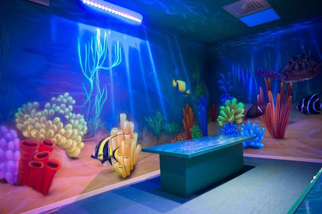 Malowanie rafy koralowej farbami UV, Malowidło w ultrafiolecie 3D