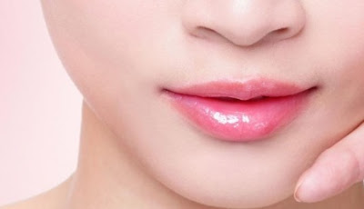 How To Make Your Lips Soft, Try This Tips
