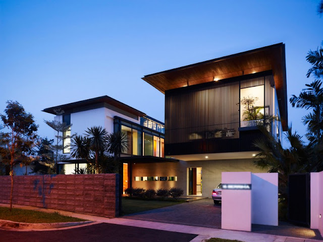 A Contemporary House Design in Singapore with Inspiring One Garden on Each Level A Contemporary House Design in Singapore with Inspiring One Garden on Each Level A 2BContemporary 2BHouse 2BDesign 2Bin 2BSingapore 2Bwith 2BInspiring 2BOne 2BGarden 2Bon 2BEach 2BLevel6585