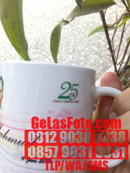 RED RIBBON GIFT SOUVENIR JAKARTA
