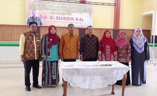 Workshop Pedoman Praktik Latihan Profesi (PLP) Berbasis Riset Oleh Prodi MPI FTIK IAIN Palangka Raya