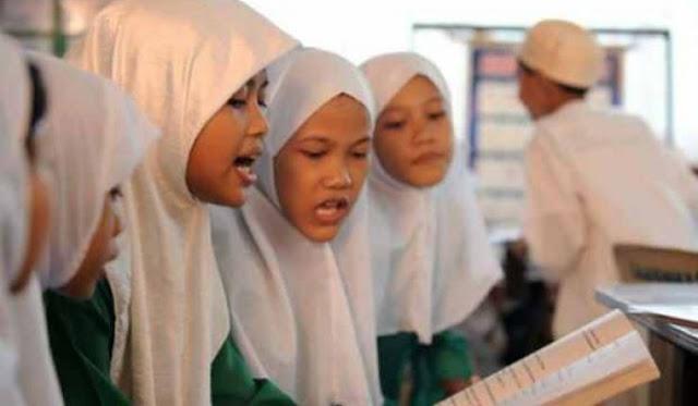 [Bahtsul Masail] Hati-Hati, Menyekolahkan Anak di Lembaga Non Muslim bisa Haram