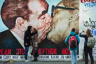 beso_muro_Berlín