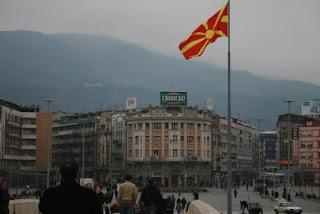 Ο μεγάλος μπελάς δεν είναι τα Σκόπια, αλλά ο επιθετικός αλβανικός μεγαλοϊδεατισμός