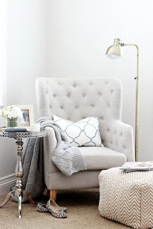A cozy place to put your feet up and read a book.    Learn the secrets to keeping your home clean and having time to relax at www.andersonandgrant.com  (Image via A Thoughtful Place)