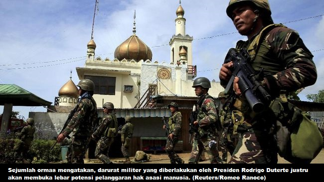 Pendukung Militan Filipina Gelar Demo Tolak Darurat Militer