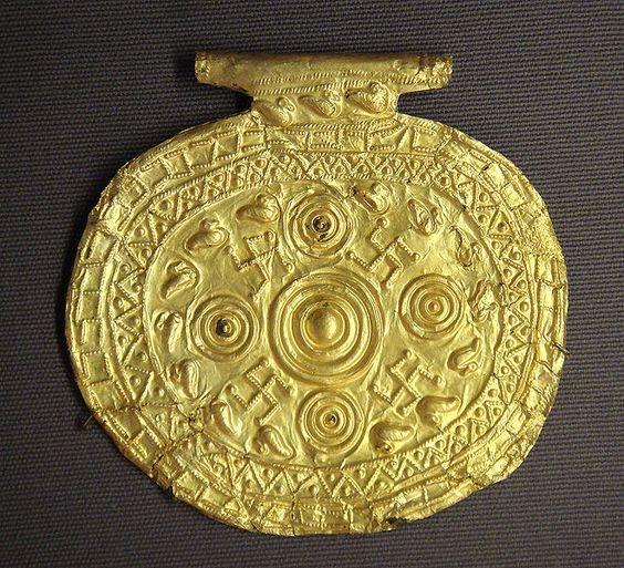 Etruscan pendant with swastika symbols, Bolsena, Italy, 700-650 BCE — Louvre