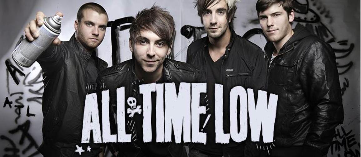"""""""All Time Low"""" Musik penghantar ketenangan kerja saya dalam Mendesain"""