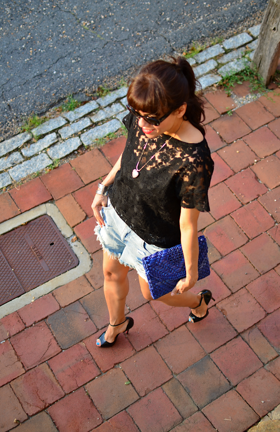 How to style lace in summer