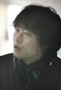 Jeong-beom Lee. Director of No Tears For The Dead