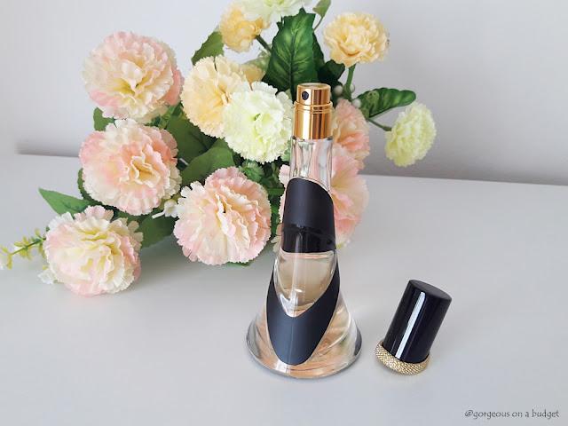Rihanna Parfume Reb'l Fleur Notino.hr