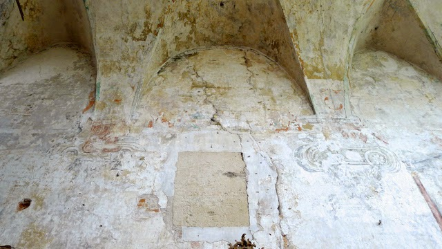 Senoviniai mūrai gotika