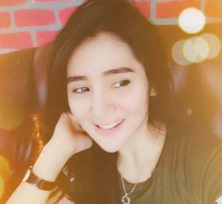 Bella Nafa Senyum