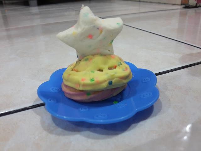 6 KELEBIHAN BERMAIN PLAY-DOH CAKE PARTY BERSAMA ANAK-ANAK SEMPENA 60 TAHUN PLAY-DOH