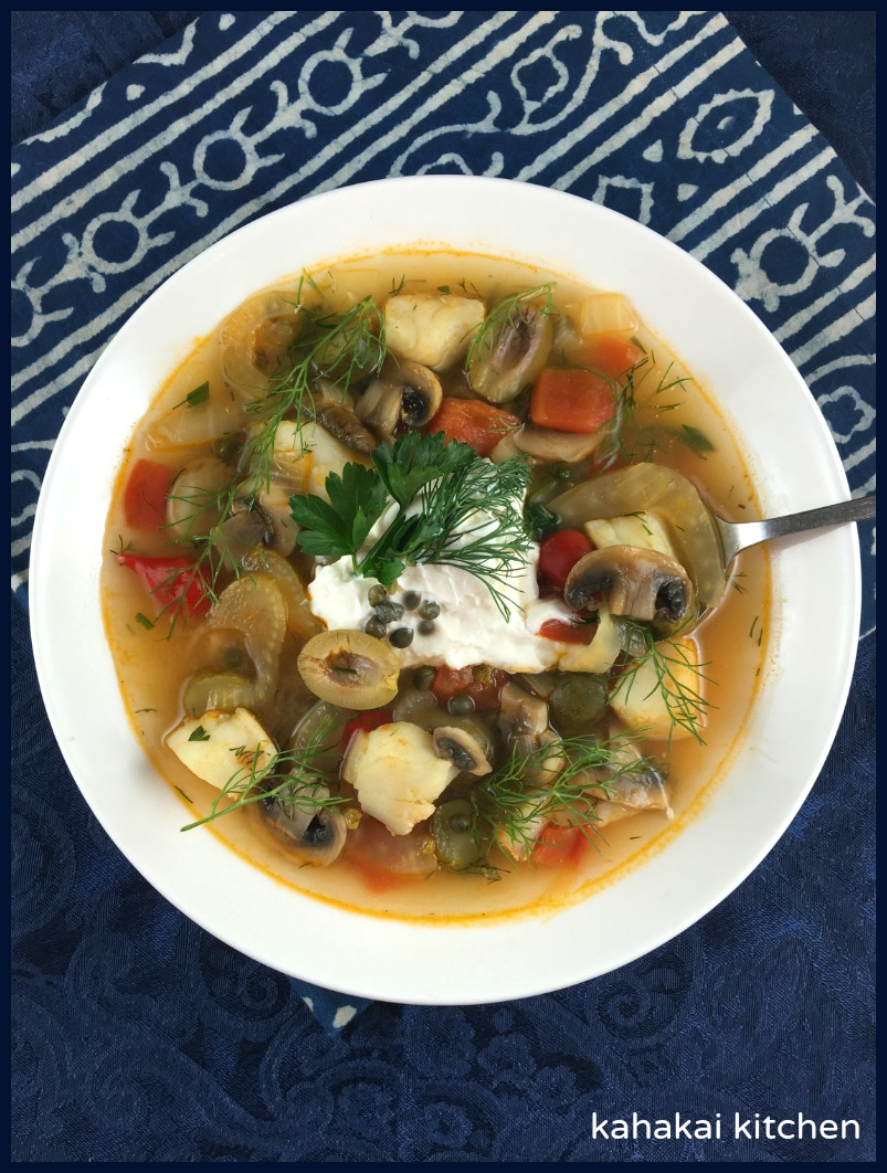 Kahakai kitchen nigel slater 39 s tomato fennel and cod for Fish soup recipe cod