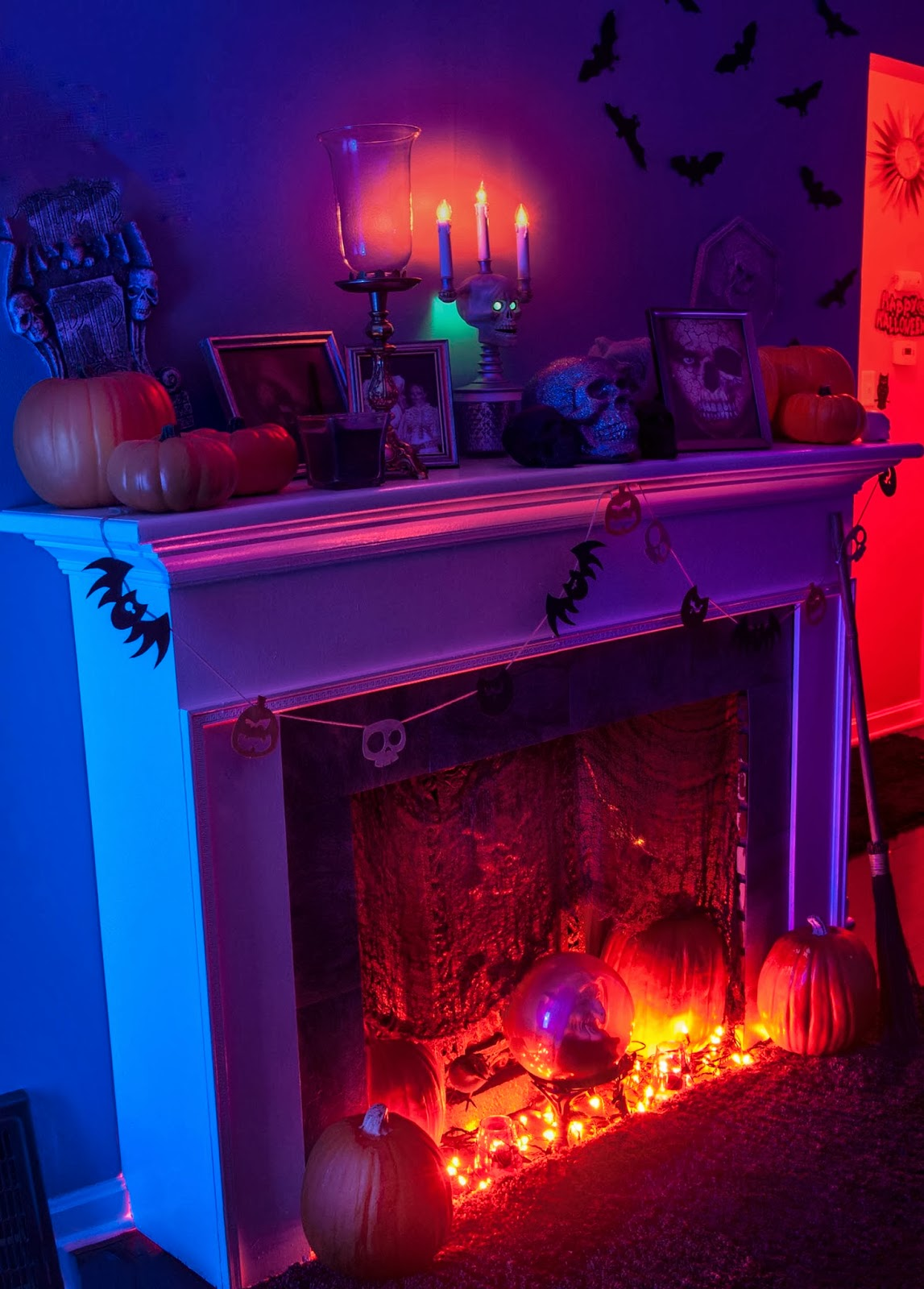 Our 2013 Halloween Living Room - Little Cape Cod