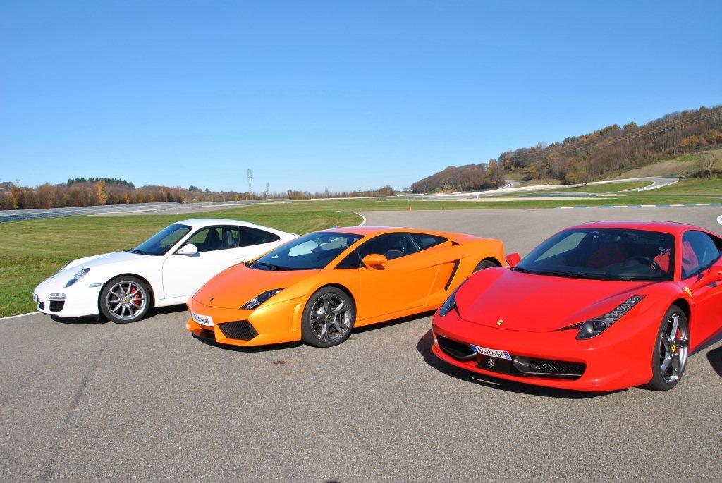 Bugatti Car Ferrari Vs Lamborghini Vs Bugatti Vs Porsche Wallpaper Car Amp Bike