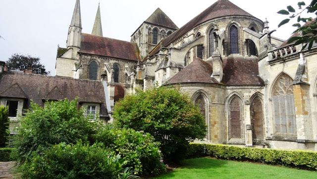 Zwiedzanie Normandii: Lisieux