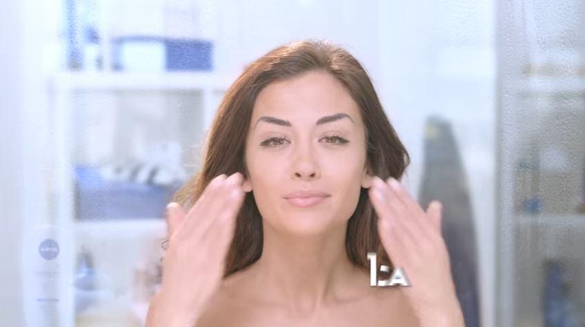 Canzone Nivea pubblicità Giorgia Palmas: addio effetto occhi a panda! - Musica spot Gennaio 2017