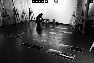 """Pokonkursowa Wystawa Fotografii Górskiej """"Lawiny"""" 2017. Klub Fotograficzny 'Źródło"""" i Stowarzyszenie Inicjatyw Niebanalnych In-nI zapraszają."""