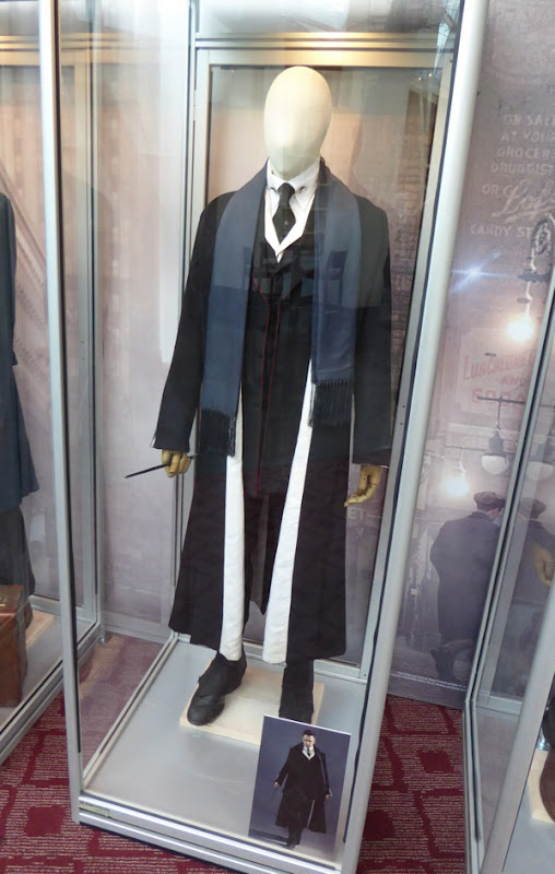 Percival Graves Fantastic Beasts movie costume