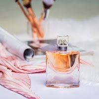 Castiga un parfum Lancôme La Vie Est Belle