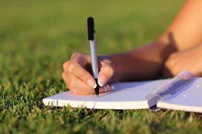 20 Contoh Kumpulan Puisi Berantai Lucu Terbaru Dan Terbaik Pantun