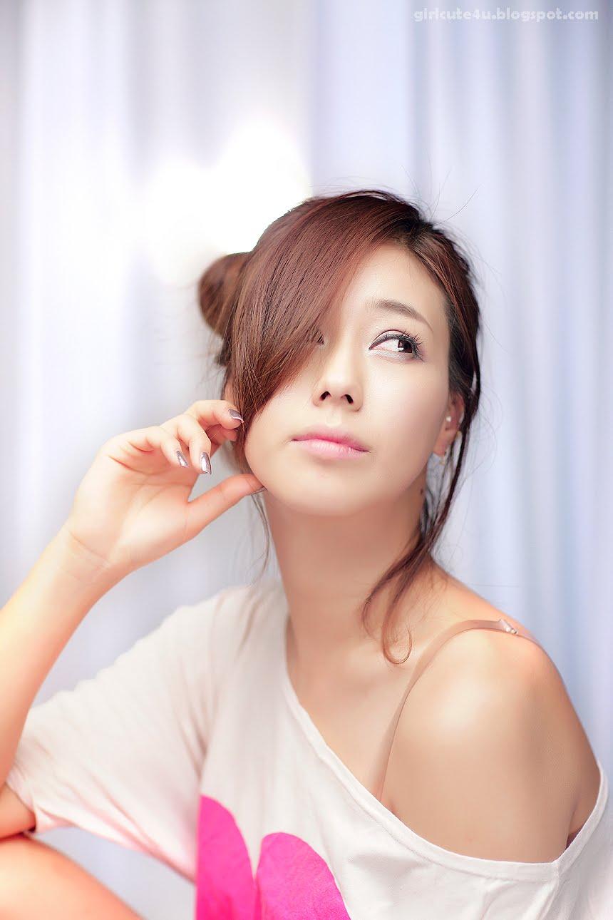May 2011  Cute Girl - Asian Girl - Korean Girl - Japanese -5935