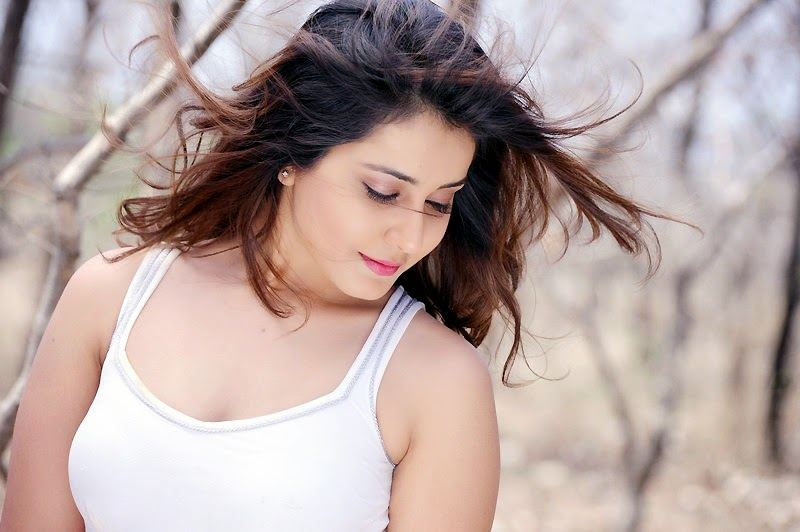 Telugu Girl Rashi Khanna Photo Shoot In White Dress