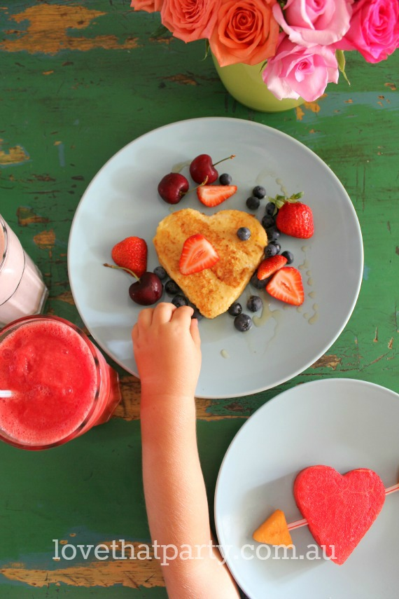 Valentine's day family breakfast. Quick, easy and delicious heart shaped food toshare with those you love! What more could you want? www.lovethatparty.com.au