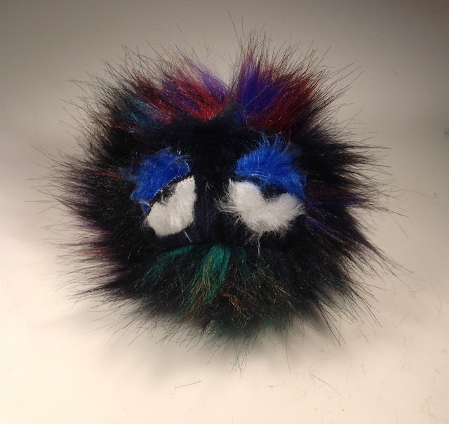 DIY Fendi monster pompom keyring replica