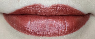 Avon True Luminous Velvet Lipstick swatch in Cocoa Beam