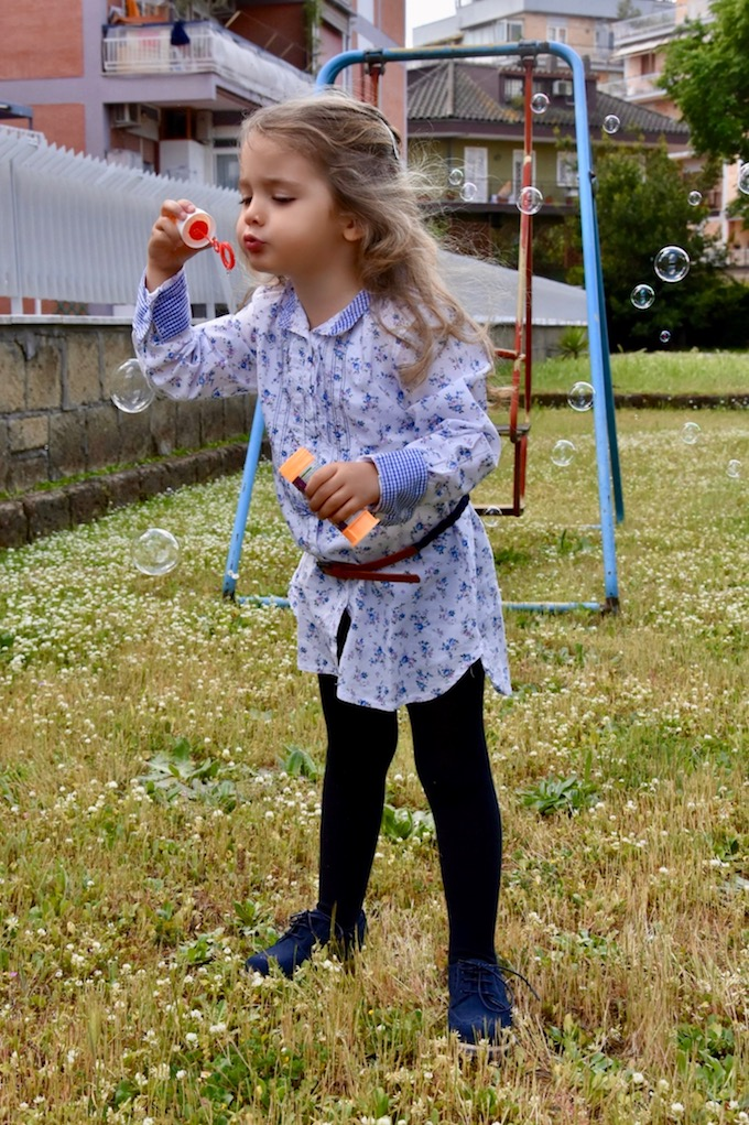 Baby Outfit: una Maxi Camicia a fiorellini