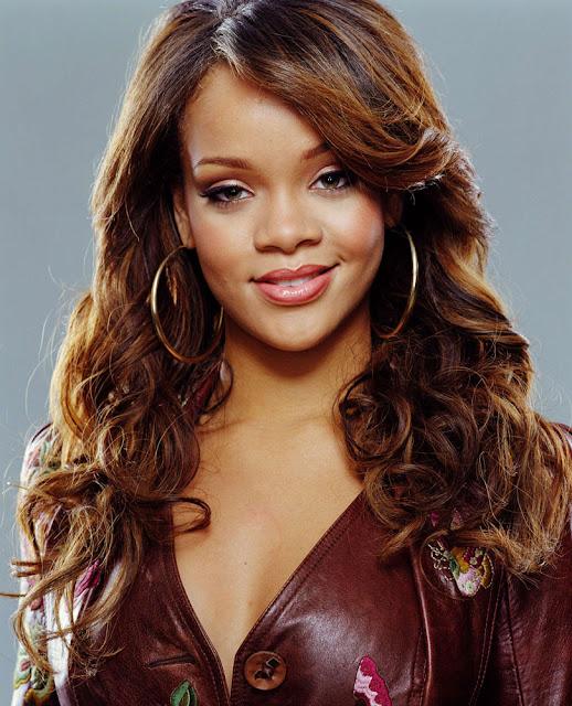 Rihanna Hot Wallpaper, Rihanna Hot Body, Rihanna Hot 2012 ...